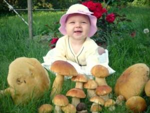 младенец и грибы