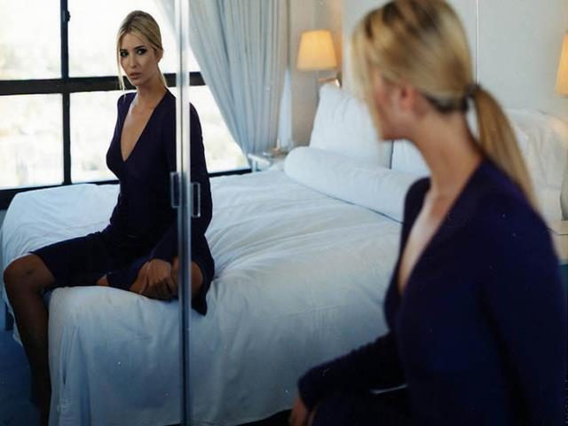 спит напротив зеркала