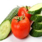 Почему нельзя есть помидоры с огурцами вместе?