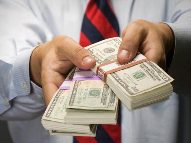 деньги у мужчины