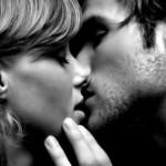 Почему нельзя целоваться с открытыми глазами?