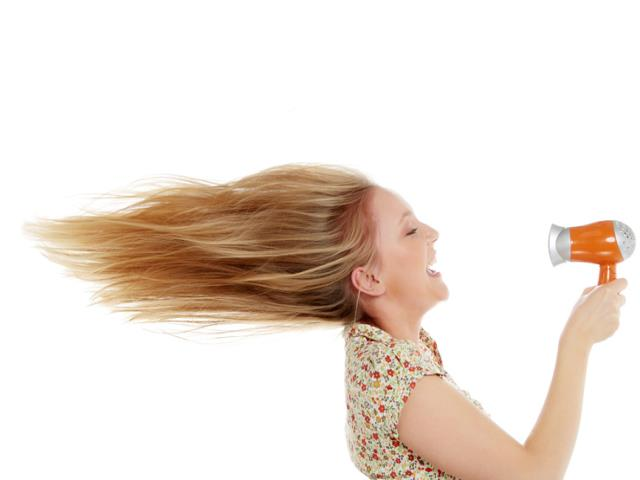 Картинки по запросу сушить волосы