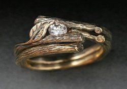 давать обручальное кольцо ведьме