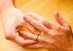 снимать обручальное кольцо