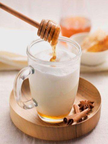 пить холодное молоко
