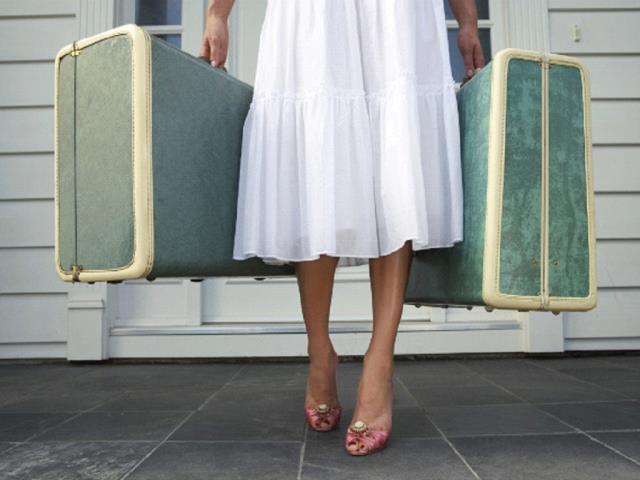 Фото на тему «Чому вагітним не можна носити тяжкості?»