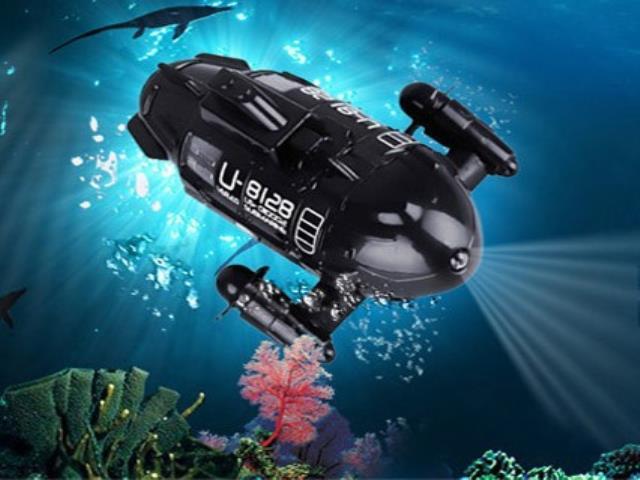 маленькая подводная лодка