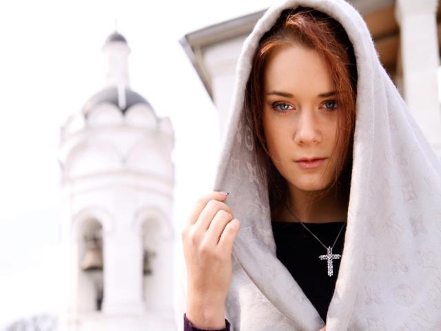 священник девушка