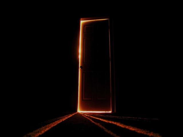 двери в комнате 2