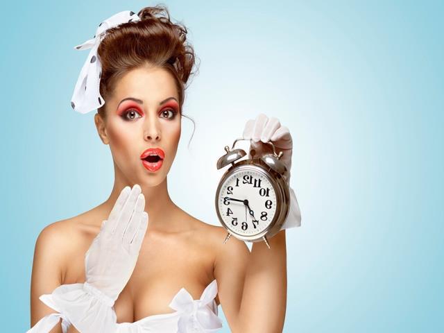Фото на тему «Чому не можна дарувати годинник рідним?»