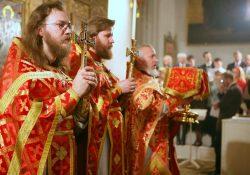 Почему нельзя осуждать священников?
