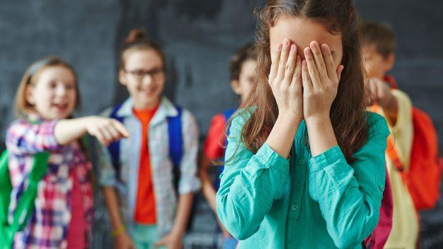 Фото на тему «Почему нельзя смеяться над ребенком?»
