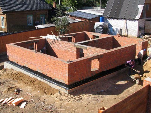Почему нельзя строить квадратные дома?