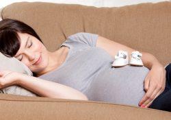 Фото на тему «Почему нельзя спать на диване?»