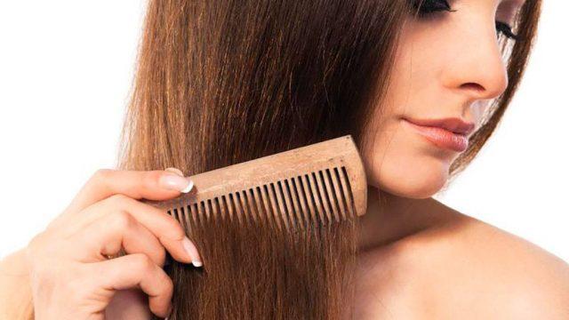 Почему нельзя расчесывать волосы ночью?