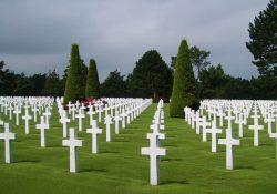 19 4 250x175 - Почему в среду нельзя посещать на кладбище?