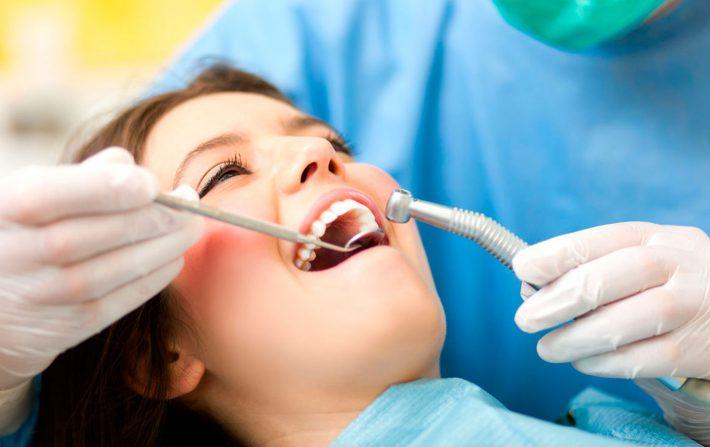 После стоматолога сколько нельзя кушать