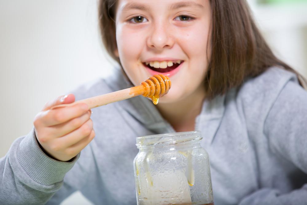 Почему нельзя мед детям до трех лет?
