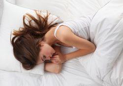 003 250x175 - Почему нельзя спать на правом боку?
