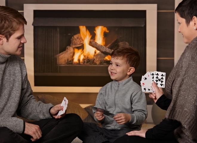 Фото на тему «Почему нельзя играть в карты?»