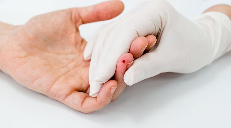 Фото на тему «Чому не можна ковтати кров?»