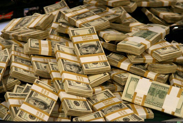 Фото на тему «Почему нельзя напечатать много денег?»