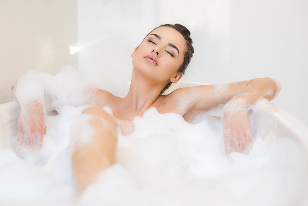 Фото на тему «Чому не можна часто митися?»