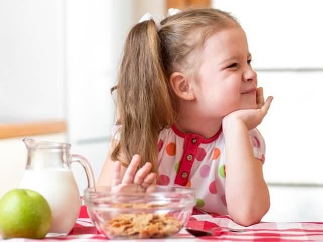"""Фото на тему «Почему нельзя говорить """"кушать""""?»"""
