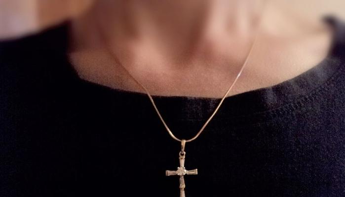 Фото на тему «Почему нельзя носить крестик с распятием?»